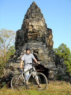 Off road cycling in Angkor